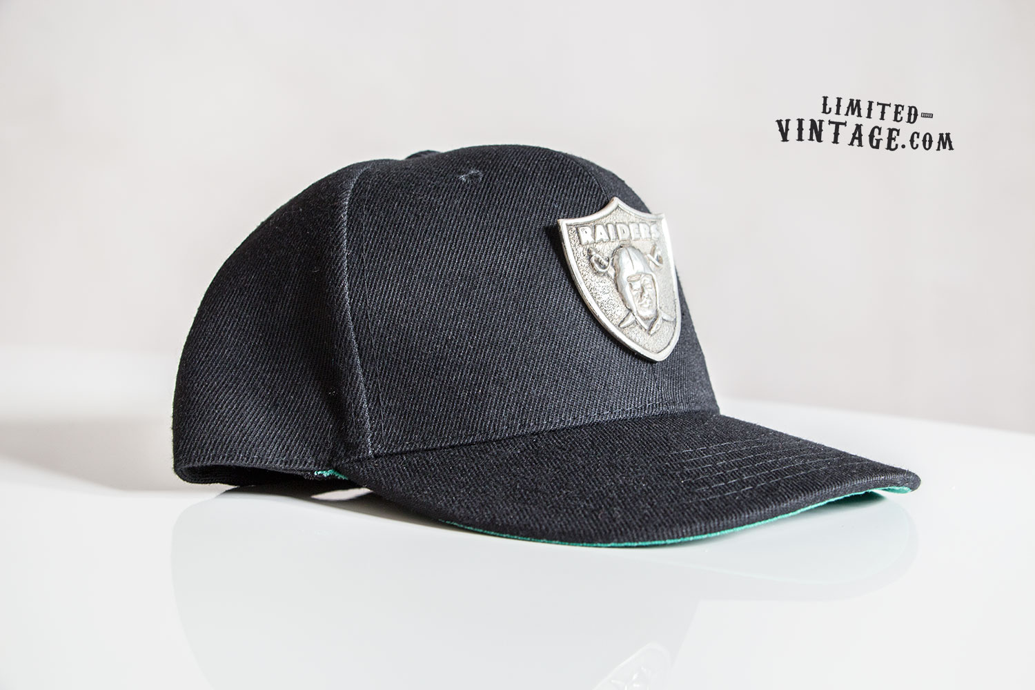 Raiders_Snapback_pewter_1